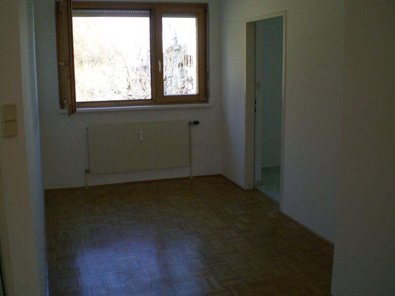 Gepflegte helle 4 Zimmer Wohnung Eggenberg direkt vom Eigentümer /  / 8020Graz / Bild 3