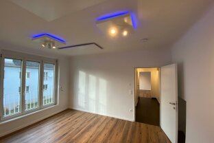 1100:  2-Zimmer Wohnung an der U1-Neulaa, WG-geeignet