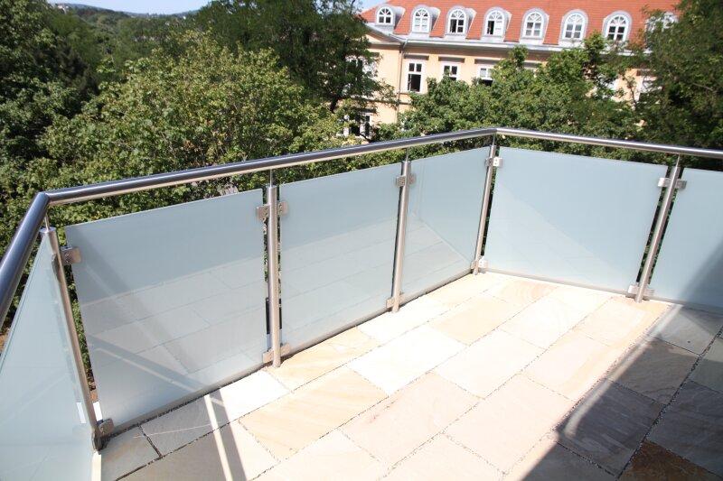 3 BALKONE + 3 französische Balkone! 53m²-Wohnküche + 4 Zimmer, 3. Stock, Bj. 2017, Obersteinergasse