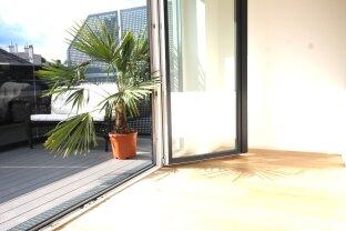 DG mit 25m² Terrasse von Wohnebene
