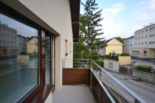 Koffer packen und einziehen! voll möbliertes 1 Zimmer Appartement mit Balkon und Garage!