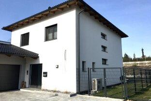 VERKAUFT!!! Schönes Einfamilienhaus mit Pool & Traunsteinblick