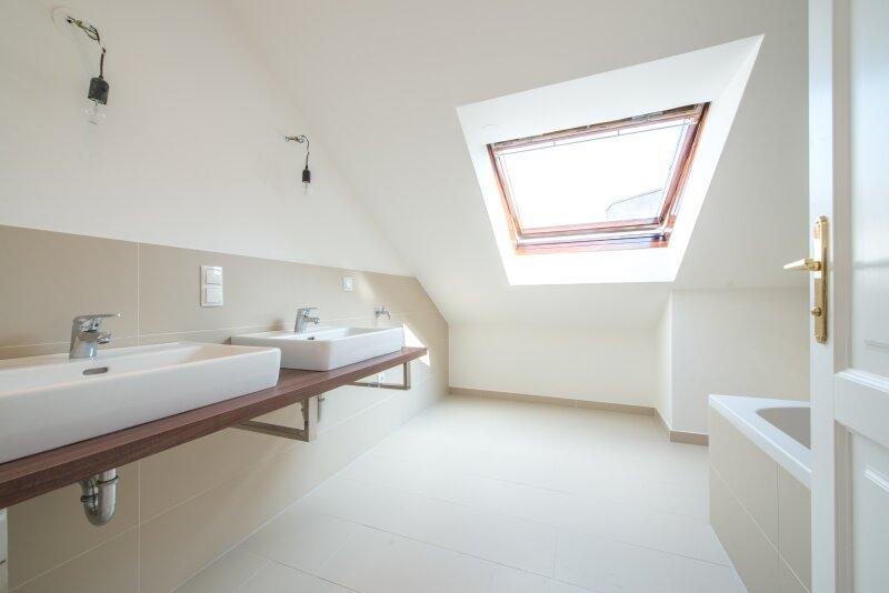 ++NEU** Kernsanierter DG-ERSTBEZUG! 3-Zimmer+getrennte Küche! 7m² uneinsehbare Terrasse! **VIDEOBESICHTIGUNG** PROVISIONSRABATT! /  / 1050Wien / Bild 8