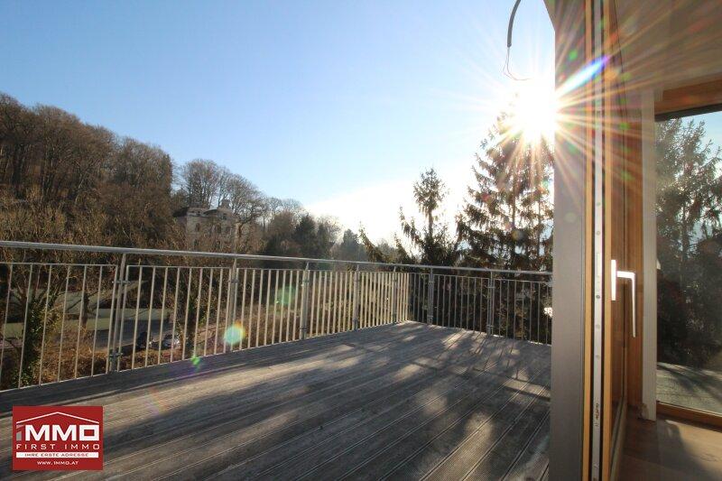 Atemberaubende Dachgeschoß-Maisonette mit Terrasse in Historischer Villa mit Blick in den Wienerwald! /  / 3002Purkersdorf / Bild 0