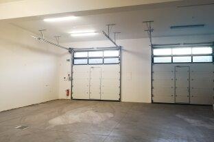 Neu errichtete (Betriebs-) Halle / Lagerfläche / XXL-Garage im Norden Wiener Neustadt´s