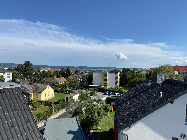 Blick zum Wienerwald