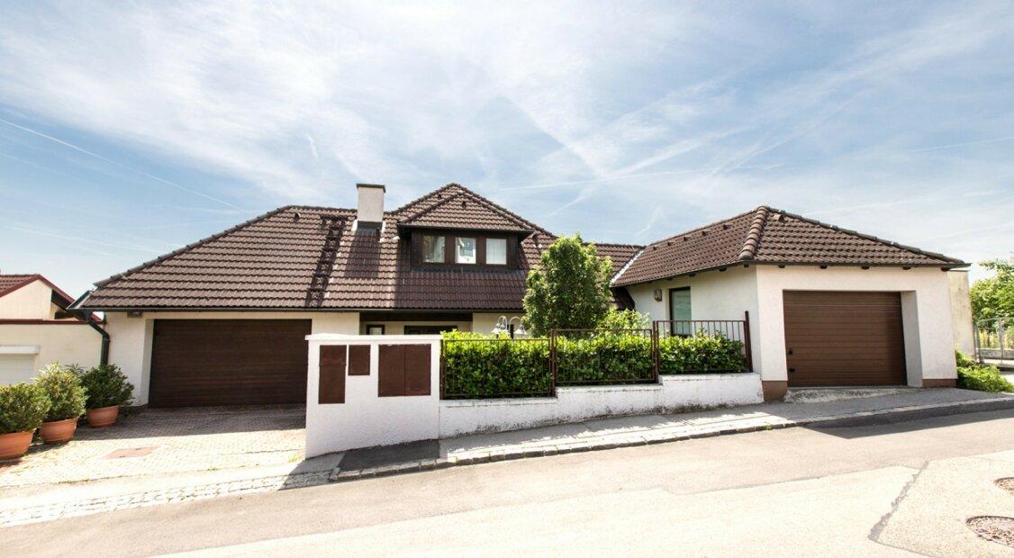 Großzügige Villa am Ölberg in bester Aussichtslage - Wohnraum pur für Anspruchsvolle