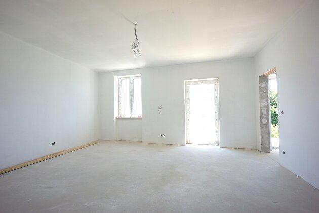 Foto von NEU! ++ Nähe Michelbeuern- AKH ++ ERSTBEZUG nach Sanierung: 3-4 Zimmer-Altbauwohnungen mit BALKON in 1170 Wien ab sofort zu verkaufen ++