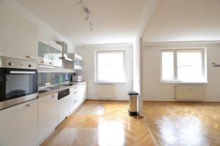 Helle und großzügige 2-Zimmer Wohnung im Ursulinenhof