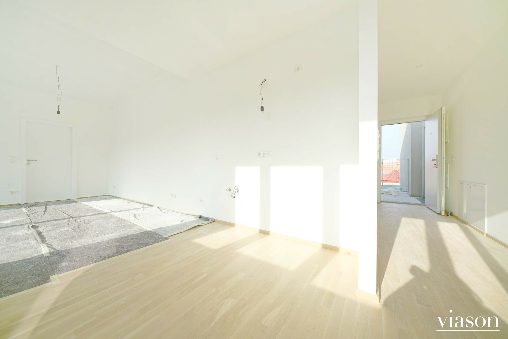 Wohnzimmer und Vorraum