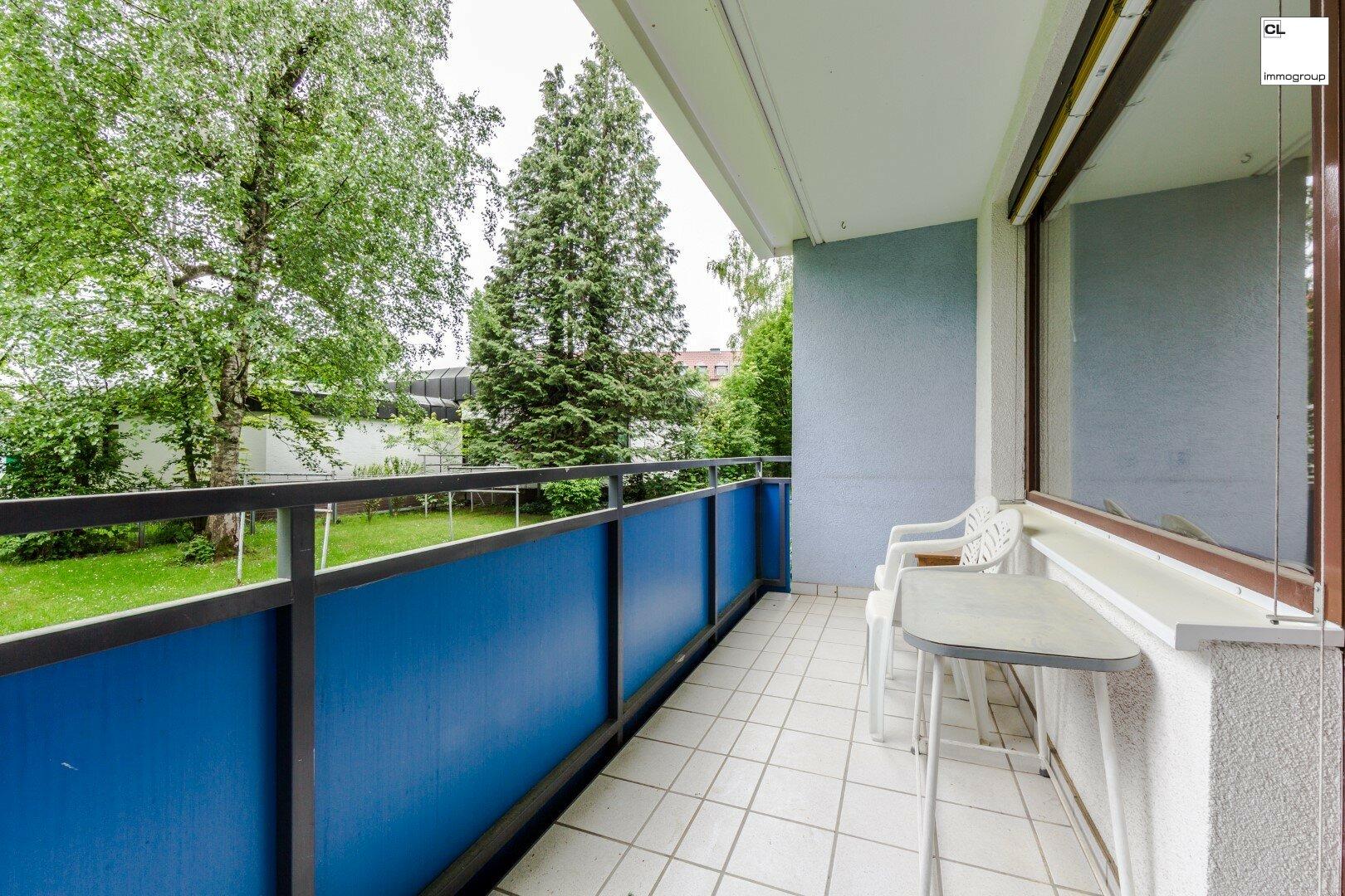 Vergrößerter Balkon von ruhigen 3-Zimmer-Wohnung in Salzburg zu kaufen www.cl-immogroup.at