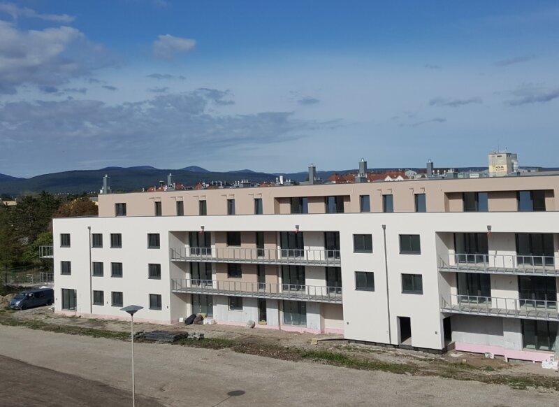 Top 10 - Freifinanzierte 2 Zimmer Wohnung mit Balkon - MIETEN oder Mietkauf /  / 2700Wiener Neustadt / Bild 0