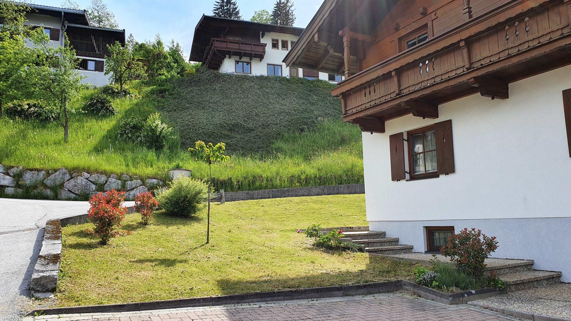 Garten Ausblick nach Süden, Einfamilienhaus Fieberbrunn