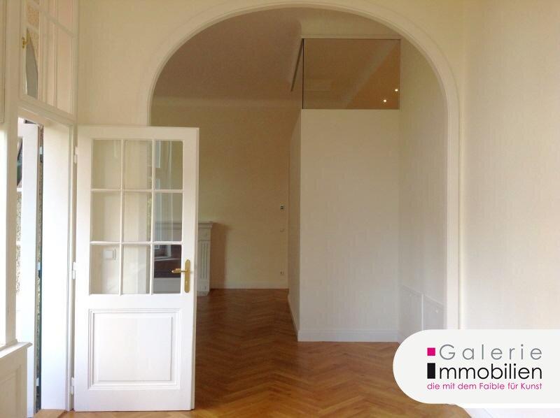 Herrschaftliche Beletage mit Veranda und Balkon - neu saniert Objekt_29892 Bild_210