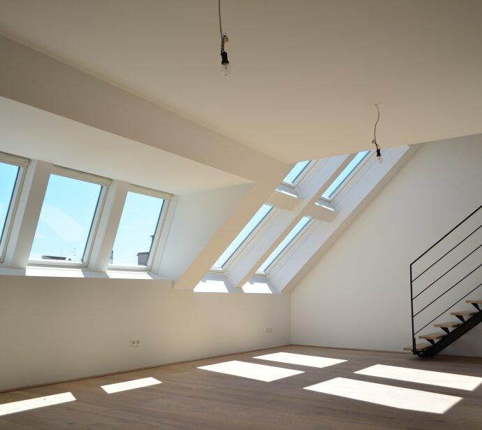 Dachterrassen-Erstbezug mit großem Wohnsalon - Hochwertige Ausstattung - Sonnenterrassen