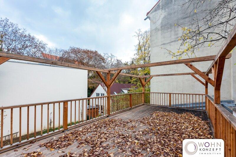 Großzügiger stilvoll renovierter 156m² Altbau mit großen Freiflächen in 1180 Wien /  / 1180Wien / Bild 0