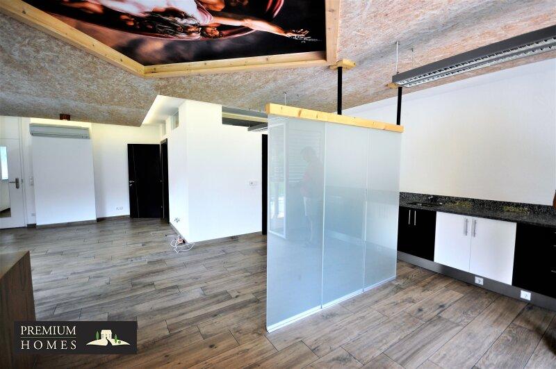 WÖRGL_ ANLAGE_ Rendite_Objekt im Zentrum von Wörgl ca. 4,00 % p.a _Geschäftsfläche zu verkaufen_Raum_Innen_Ansicht_Glastrennwand