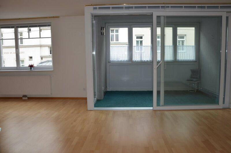 SCHÖN WIE EIN ERSTBEZUG - INNENHOFLAGE - RUHELAGE. Topgepflegte 4-Zimmerwohnung /  / 1210Wien / Bild 8