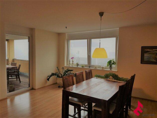 moderne 4-Zi.-Wohnung