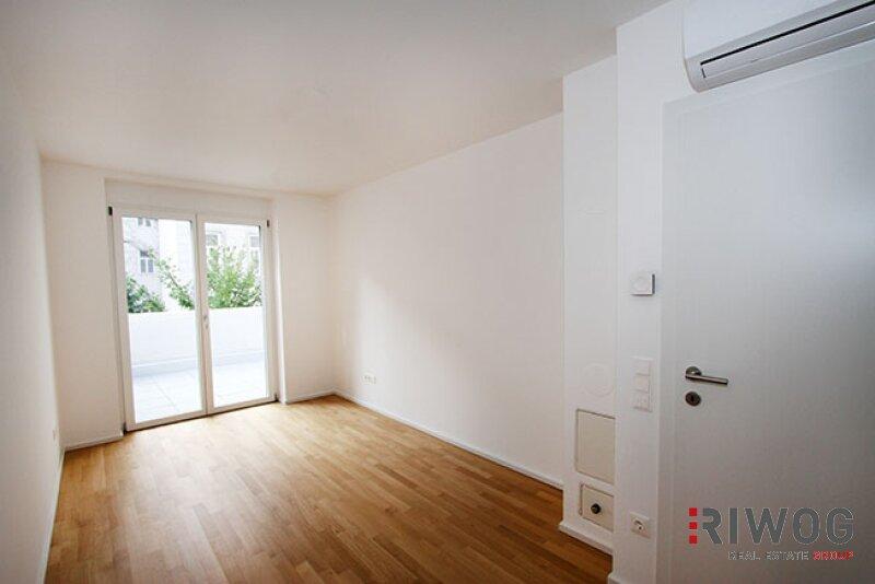 ERSTBEZUG - wunderschöne 3-Zimmer Wohnung  mit riesiger Dachterrasse im Hofzubau /  / 1180Wien / Bild 6