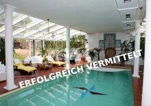 Luxus! 564 qm Wohnfl. Hallenbad, Sauna