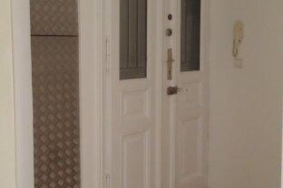 Hübsche 2 Zimmerwohnungzentral begehbar