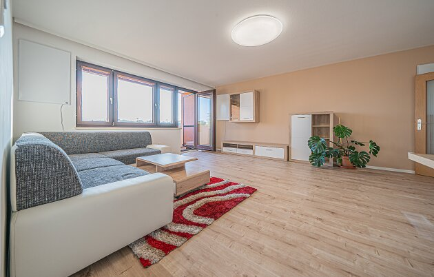 Foto von NEU++ MIETWOHNUNG+++SEHR Gepflegte 3-Zimmer NeubauWohnung mit Loggia ( ca. 99 m2) ++ ca. 4 km von Ebreichsdorf entfernt (Wampersdorf)