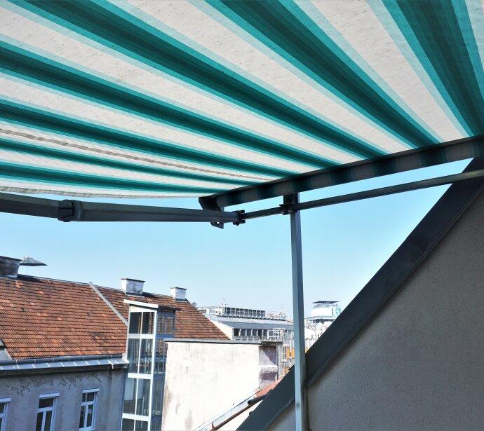 Dachterrassenwohnung: hofseitig und ruhig gelegen !