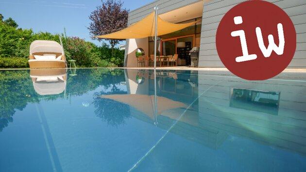 Villa - Meisterwerk zeitgenössischer Architektur in fantastischer Grünruhelage
