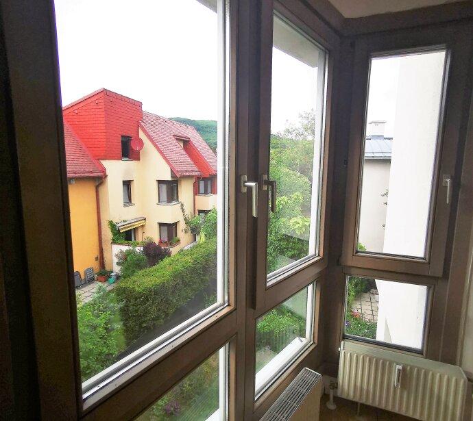 AUHOF / Hadersdorf: 4 Zimmer Maisonette mit Terrasse und Balkon zur unbefristeten Vermietung!