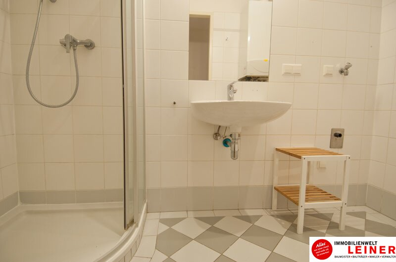 Schwechat-Rannersdorf: Top gepflegte 2 - Zimmer Mietwohnung direkt beim Schloss Rothmühle Objekt_9954 Bild_343