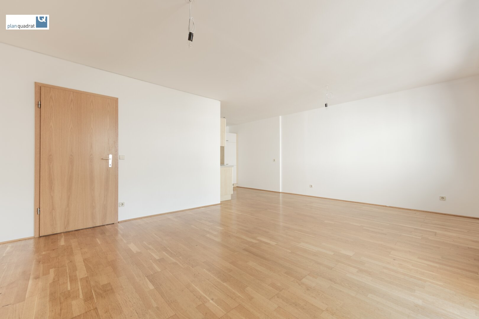 Wohn- / Schlafzimmer (ca. 26,70 m²)