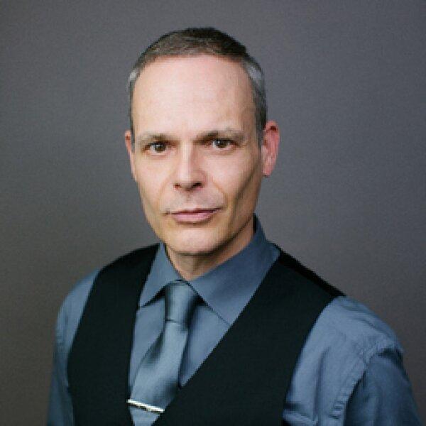 Portrait Bild Peter M. Pfauser