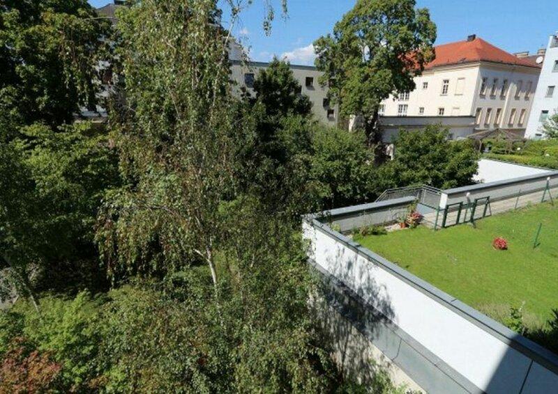 RUHIGE NEUBAUWOHNUNG mit ALTBAUFLAIR -  4 Zimmer - HOFAUSRICHTUNG - gute Lage - 1110 Wien - 2. OG mit LIFT - BEZUGSFERTIG - U3 NÄHE - PREISHIT