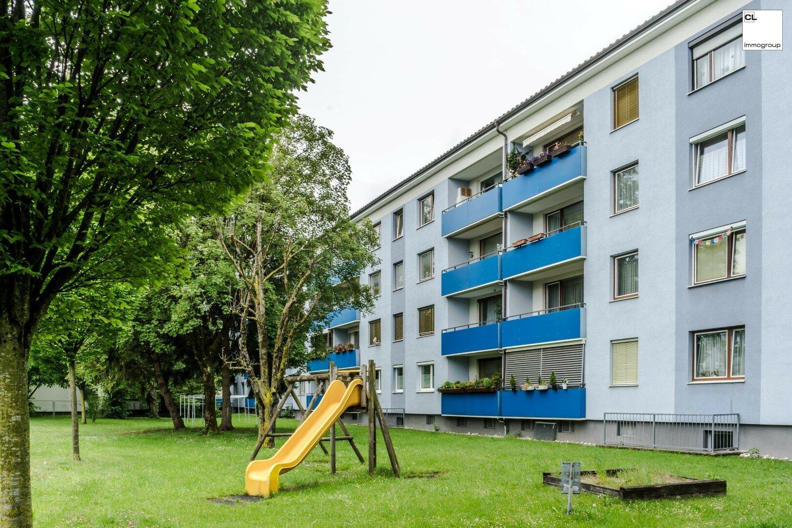 Ansicht Aussenanlage von ruhiger 3-Zimmer-Wohnung in Salzburg zu kaufen www.cl-immogroup.at