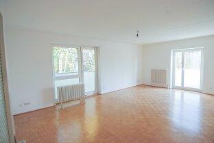 Totalsaniert! Schöne 2,5 Zimmer-Wohnung in grüner Ruhelage mit möblierter Küche & Balkon. Wie Erstbezug. PKW Stellplatz vorhanden