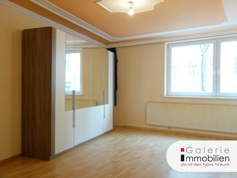 VIDEO: Schöne 3-Zimmer-Wohnung mit eigener Sauna und optionaler Garage in saniertem Haus! Objekt_29719
