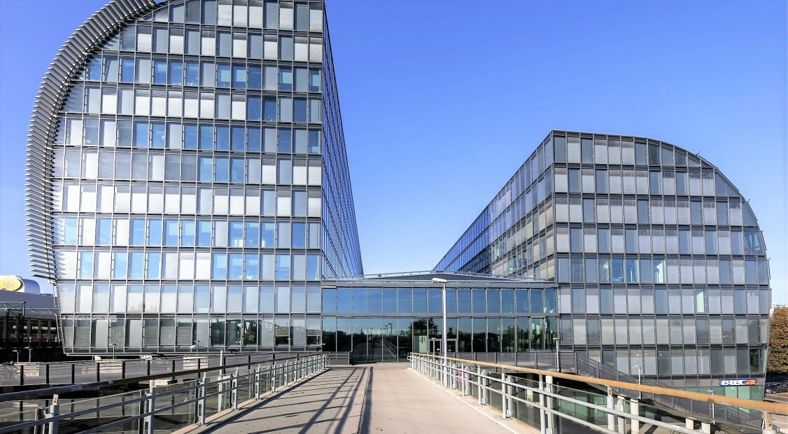 Erstklassige Büros an der U-Bahn | RIVERGATE