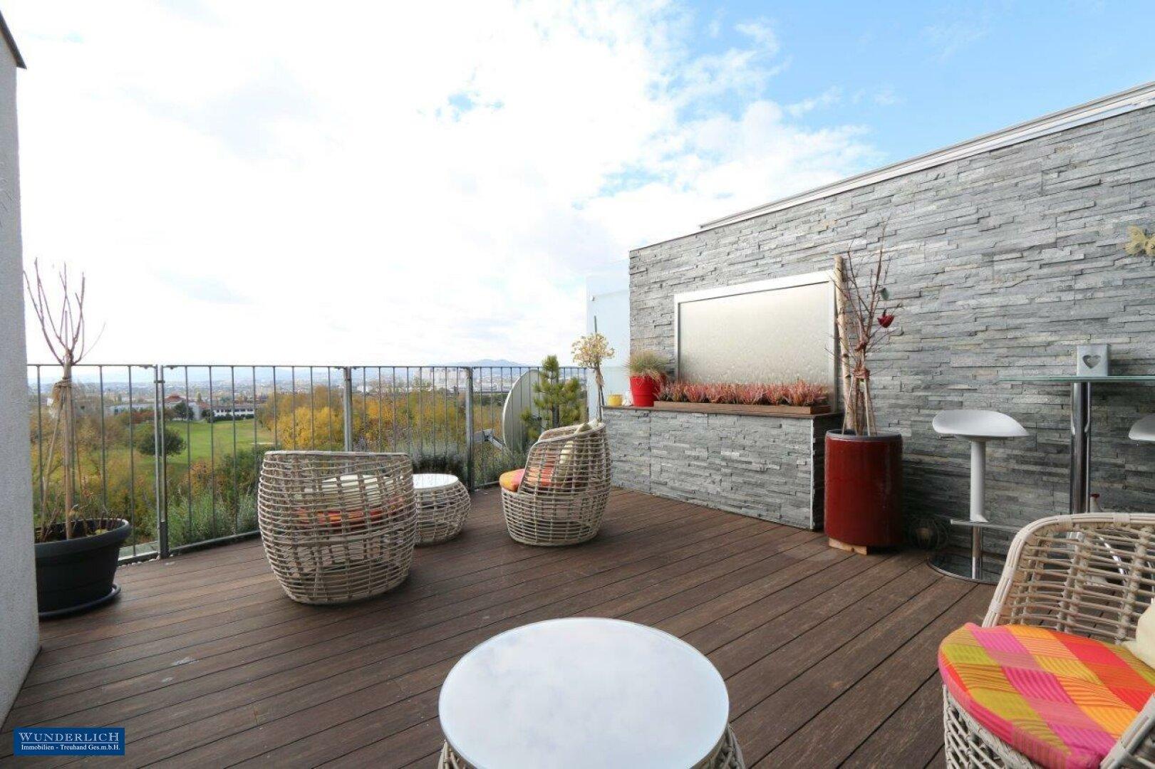 Terrasse mit herrlichem Fernblick