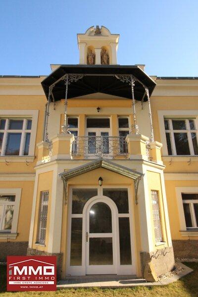 Atemberaubende Dachgeschoß-Maisonette mit Terrasse in Historischer Villa mit Blick in den Wienerwald! /  / 3002Purkersdorf / Bild 8