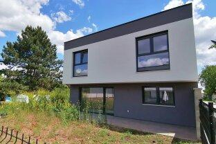 Einfamilienhaus mit Garage und Keller 171 m² Nutzfläche - 10 km von der Stadtgrenze Wiens: Baumeisterhaus - Höchste Qualität