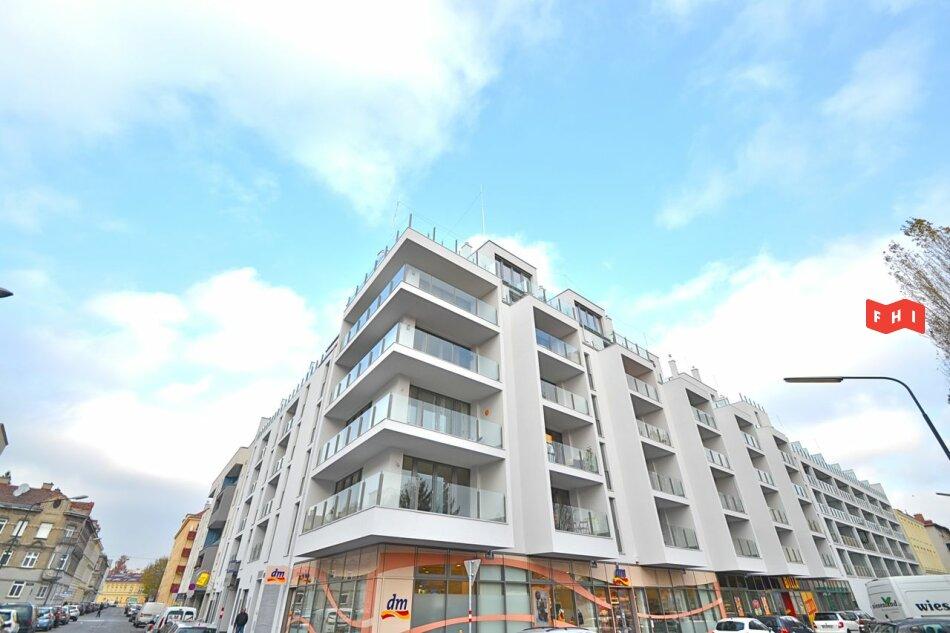 Südseitige 2 Zimmer Neubaumiete mit Südbalkon, Tiefgaragenplatz & Gartenblick