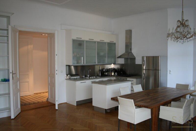 Stilvolle Altbauwohnung in Dornbach / klassische Jahrhundertwende Villa / 3 Zimmer /  / 1170Wien / Bild 8