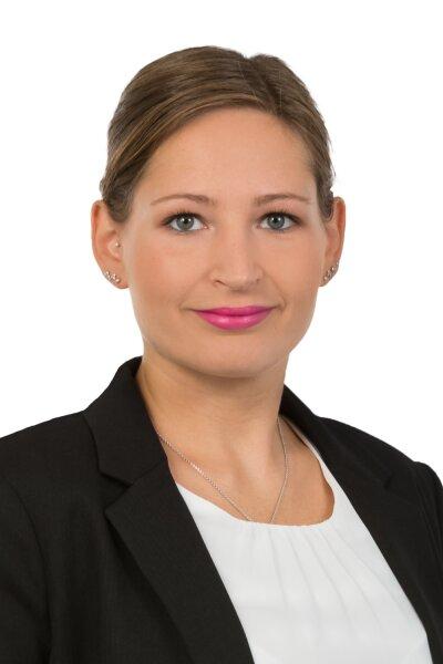 Frau Cornelia Lagler