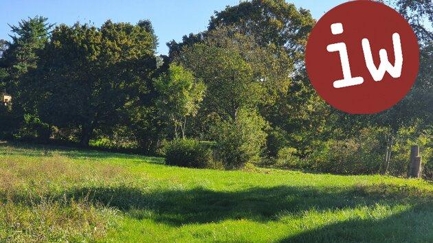 Baugrund-Rarität in Klosterneuburg: Ebenes sonniges Grundstück in Grünruhelage mit sehr guter Infrastruktur