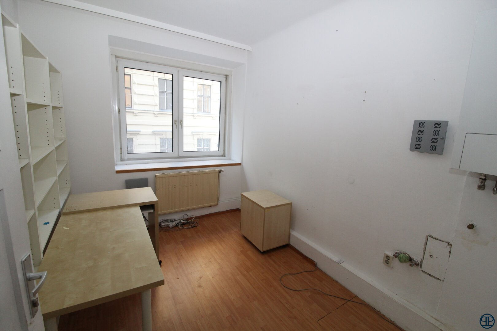 Zimmer Büro 13