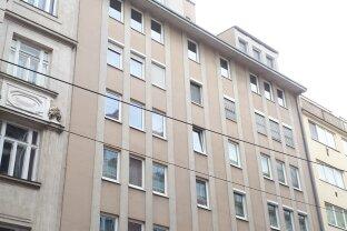 Toplage U6 – 3 Zimmerwohnung mit Parkplatzmöglichkeit