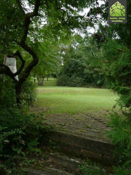 Landhaus mit grossem Garten