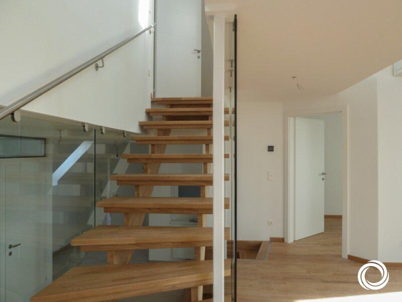 1050// Großzügige Maisonette-Dachgeschosswohnung mit Terrasse und viel Lebensgefühl! /  / 1050Wien / Bild 3