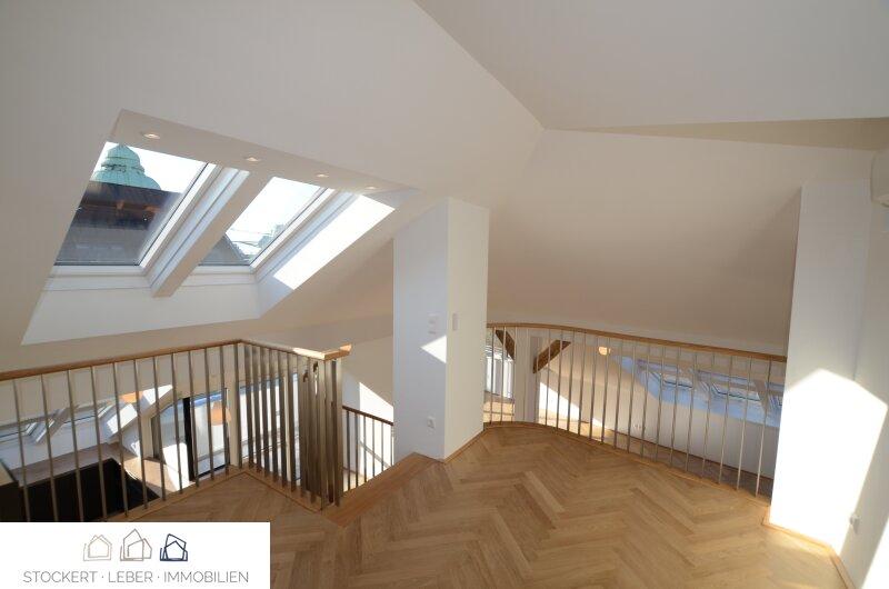 Traumhafte Dachgeschoßwohnung direkt bei der Staatsoper /  / 1010Wien / Bild 6